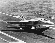 RA-5C Vigilante of RVAH-1 landing on USS Saratoga (CVA-60) in 1969 - North…