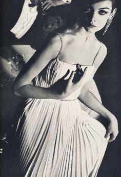 Jean Shrimpton by David Bailey, British Vogue, 1962