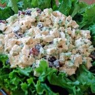 Lemon Almond Chicken Salad 1 Giant Eagle rotisserie chicken, chilled 1 cup Giant Eagle mayonnaise 2-1/2 Tbsp. Giant Eagle lemon juice 2 oz. package sliced almonds, toasted 1/2 cup yellow onion, diced 1/4 cup fresh parsley, chopped 1 tsp. Market District lemon pepper seasoning