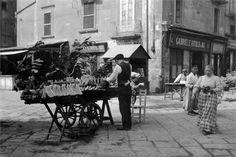 Napoli -- A melon vendor, 1915  http://youtu.be/zF7k9rszcRA