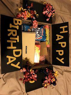 Birthday box to send a gift! – Geburtstag ideen Birthday box to send a gift! Birthday box to send a gift! The post birthday box to send gift! appeared first on Birthday ideas. Diy Birthday Box, Cute Birthday Gift, Unique Birthday Gifts, Free Birthday, 21st Birthday, Funny Birthday, Ideas For Birthday Gifts, Birthday Surprise Ideas, Birthday Quotes