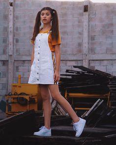 Star Girl, Photos Tumblr, Strike A Pose, Kpop Girls, Portrait Photography, Photoshoot, Sophie Giraldo, Shirt Dress, Primer Video