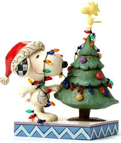 JIM SHORE PEANUTS~HALLMARK EXCLUSIVE~SNOOPY TRIMMING A TREE~CHRISTMAS~4045917