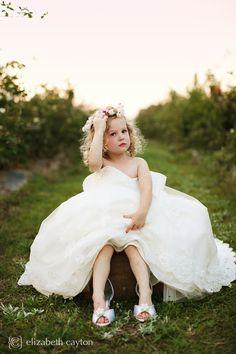 Henley Plays Dress-Up – Elizabeth Cayton Photography