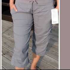 Lululemon fossil grey studio crop Size 4, in excellent condition with no flaws , unlined , color : light gray , has drawstring at hem n waist , super comfy crops that lulu no longer makes , from a smoke free home , option to pay thru pp lululemon athletica Pants