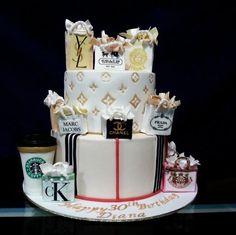 30th Birthday Cake For Women, Fancy Birthday Cakes, Beautiful Birthday Cakes, 24th Birthday, Chanel Birthday Cake, Birthday Cookies, Birthday Ideas, Chanel Torte, Bolo Chanel
