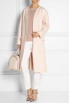 Pastel-pink cashmere Slips on 100% cashmere; trim: 100% viscose Dry clean