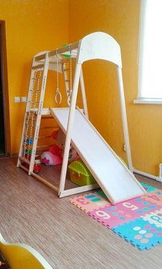 The Gym for Toddlers Step triangle Climbing ladder for Backyard Jungle Gym, Backyard For Kids, Diy For Kids, Backyard Ideas, Outdoor Play Gym, Indoor Playroom, Kid Playroom, Montessori Toddler Rooms, Toddler Gym