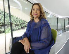 Stararchitektin Zaha Hadid ist tot - Die irakisch-britische Stararchitektin Zaha Hadid ist im Alter von 65 Jahren völlig überraschend an einem Herzinfarkt in einem Spital in Miami gestorben, in dem sie wegen einer Bronchitis behandelt worden ist. Mehr dazu hier: http://www.nachrichten.at/nachrichten/kultur/Stararchitektin-Zaha-Hadid-gestorben;art16,2192902 (Bild: epa)