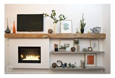 36 ideas living room white fireplace mantels decor for 2019 Dark Wood Furniture, Living Room Kitchen, Timber Beams, Living Room White, Brick Fireplace, Simple Fireplace, White Fireplace Mantels, Beautiful Living Rooms, Modern Fireplace