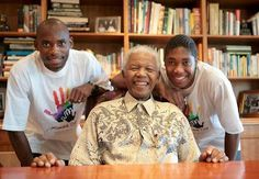 Track and field medalists Mbulaeni Mulaudzi and Caster Semenya pose with Madiba Caster Semenya, Track And Field, Athletics, Cricket, Workouts, Champion, African, Poses, Couple Photos
