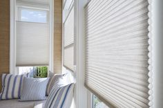 This kitchen nook's windows are covered perfect with Hunter Douglas Duette shades!  #kitchentable #kitchen #interiordesign #hunterdouglas
