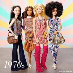 Groovy, baby! Fringe, flares and flower crowns make the perfect 1970s looks! ✌️ #barbie #barbiestyle