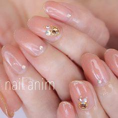 他のネイル画像1 1143965 ベージュ グラデーション ビジュー オフィス デート 秋 冬 パーティー ブライダル ハンド ロング Cute Nail Art, Cute Nails, Pretty Nails, My Nails, Metallic Nails, Acrylic Nails, Japanese Nails, Stylish Nails, Beautiful Nail Designs
