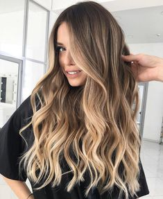 Ombre Hair Color, Hair Color Balayage, Curly Balayage Hair, Balyage Long Hair, Long Ombre Hair, Best Ombre Hair, Baylage, Blonde Color, Blonde Balayage Highlights