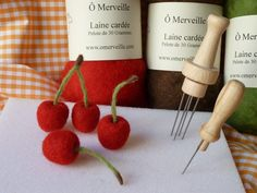 Jolies cerises en laine cardée - Tuto pour réaliser ces jolis fruits rouges et gourmands
