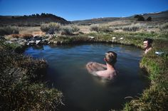 These 10 Oregon hot springs are absolutely lovely, and make for a PERFECT day trip...