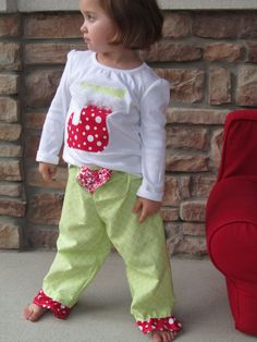 6dac97fc31 Girl s Christmas Pajamas Size 2T 3T 4T by BowtiqueMama on Etsy Girls Christmas  Pajamas