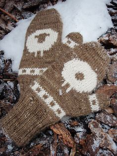 Ravelry: Wilsons Mitts pattern by Sam Stevenson