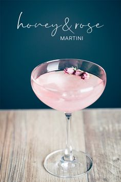 A gorgeous mix of gin with honey and rose