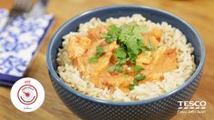 Operation Transformation deliver another appetising and healthy recipe. This aromatic peanut butter chicken is a great option for spice-lovers! Butter Chicken Curry, Peanut Butter Chicken, Creamy Peanut Butter, Chicken Casserole, Light Recipes, Healthy Recipes, Healthy Food, Food To Make, Chicken Recipes