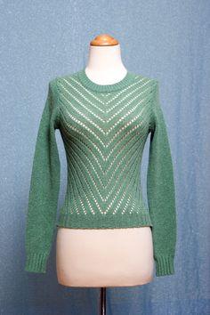 Darling apple green 70s CHEVRON stripe crochet sweater