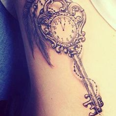 What does skeleton key tattoo mean? We have skeleton key tattoo ideas, designs, symbolism and we explain the meaning behind the tattoo. Ink Tatoo, Tatoo Henna, Get A Tattoo, Tattoo Kids, Tattoo Fonts, Sternum Tattoo, Tattoo Quotes, Pretty Tattoos, Beautiful Tattoos