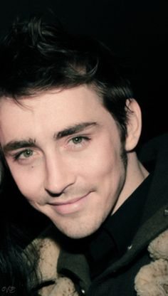 Now that is a gorgeous picture...Lee Pace