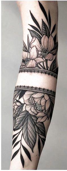 Viele verschiedene tattoos 178 fotos lustige bilder lustige bilder zitate fotos bilder tattoo drawings etc flowertattoos flower tattoos designs beautiful sleeve isn t it turn on the notifications for daily updates tag someone who like the art of tattooing Bild Tattoos, Neue Tattoos, Body Art Tattoos, Tattoo Drawings, Hot Tattoos, Female Arm Tattoos, Tatoos, Movie Tattoos, Funny Tattoos