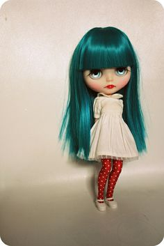 Blythe Doll- look at those lashes..love love