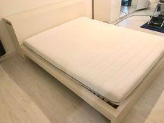 Malm Bett 160x200 mit Matratze und Rost kaufen auf ricardo.ch Mattress, Bed, Furniture, Home Decor, Malm Bed, Decoration Home, Room Decor, Home Furniture, Interior Design