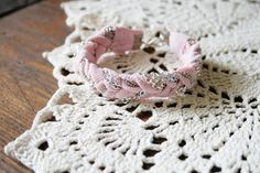 Recycled Braided Bracelet Tutorial  - #art, #diy, craft