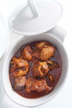 Make vegan: Stew - Recipe - - Nigerian Stew - red stew - tomato - stew - African - food African Stew, West African Food, Nigerian Stew, Nigeria Food, Ghanaian Food, Caribbean Recipes, Snacks, International Recipes, Turkey Recipes
