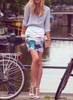 Туфли и юбка