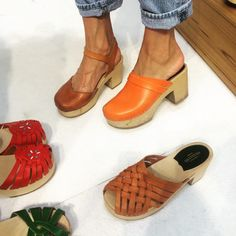 clog party