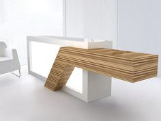 Quad Tech Class 1 Reception Desk