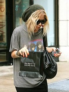 Mary-Kate Olsen representing the 90's look
