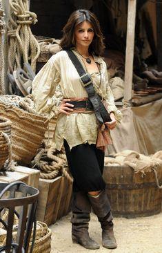 "Monica Cruz - Monica Cruz Photos - Monica Cruz Appears on ""Red Eagle"" - Zimbio Pirate Cosplay, Female Pirate Costume, Pirate Costumes, Pirate Outfits, Pirate Fashion, Gothic Fashion, Emo Fashion, Steampunk Fashion, Estilo Cowgirl"