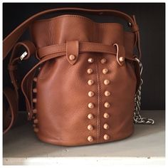 Orciani  Tozzi Abbigliamento via San Fellice 28 Bologna Bologna, Spring Summer 2015, Bucket Bag, Bags, Fashion, Handbags, Moda, Fashion Styles, Fashion Illustrations