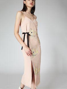 THREEFLOOR FASHION Designer Dog Collars, Fashion Portfolio, Black Ribbon, Chiffon, Feminine, Slim, Celebrities, Model, Fabric