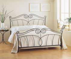 Lit 2 places Iron Furniture, Bedroom Furniture, Steel Bed Design, Bunk Bed Mattress, Steel Sofa, Cama King, Wrought Iron Beds, Home Design Decor, Home Decor