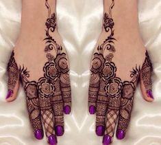 Extremely beautiful mehndi design