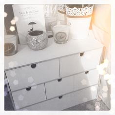 Make up storage using drawers from ikea