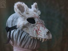 White Wolf Skull Mask with Runes - Papier maché - Eco