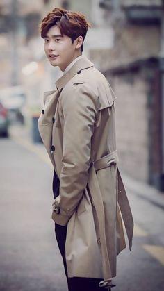 He is so cool Lee Jong Suk Hot, Lee Jung Suk, Young Male Model, Yongin, Guan Lin, Asian Men, Korean Actors, Male Models, Kdrama