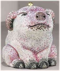 Vintage Judith Leiber Clutch Purses and Handbags It's a pig! It'd look great with a gunmetal gray dress. Unique Handbags, Unique Purses, Unique Bags, Purses And Handbags, Clutch Handbags, Judith Leiber, This Little Piggy, Little Pigs, Beaded Purses
