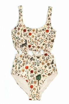 One-Piece Swimsuits to Pack for Your Warm-Weather Vacation This vintage-inspired print (featuring unicorns and medieval florals) avoids looking dated through the peek-a-boo twists at the waist. Barett Outfit, Fun One Piece Swimsuit, Lace Swimsuit, Buy Swimsuit, Unicorn Swimsuit, Lingerie Babydoll, Mode Cool, Böhmisches Outfit, Cooler Look