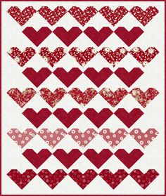 String of Hearts quilt by Gerri Robinson.