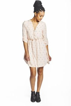 Have a fabulous time at brunch or around town in this effortlessly stylish tunic dress. The adjustable cinched waist makes for an easy, comfortable fit, while the super soft natural fabric is sure to