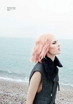 The Lonely Mermaid. Photography: Boris Ovini. Styling: Vanessa Naudin | Digital magazine Please! 14 Café Society #fashion #style #trends #lifestyle